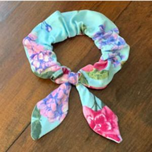 Free Pattern 2020 Scrunchie with Tails